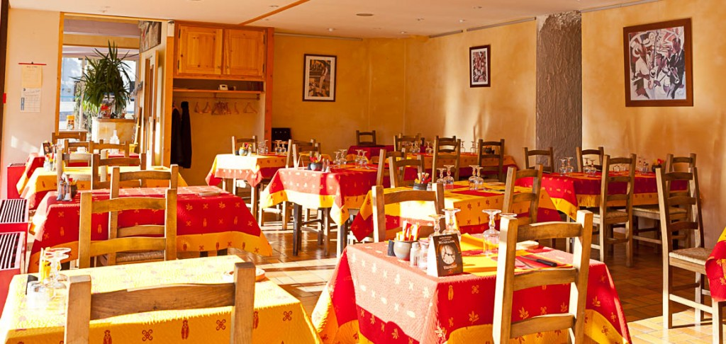salle du restaurant les Alpins